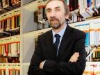 Prof. zw. dr hab. Bogdan Dembiński, kierownik Zakładu Historii Filozofii Starożytnej i Średniowiecznej, zajmuje się badaniem związków między filozofią starożytną a współczesnymi naukami przyrodniczymi. Fot. Małgorzata Kłoskowicz