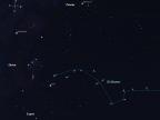 Gwiazda potrójna 40 Eridani jest elementem Gwiazdozbioru Erydanu, gwiazdozbioru równikowego, w Polsce częściowo widocznego zimą. Źródło obrazu: https://bestdoubles.wordpress.com/2014/03/16/drifting-down-river-in-eridanus-part-one-40-eridani-omicron-2-eri/