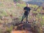 Dr Grzegorz Sadlok podczas dokumentowania prac terenowych w Baranowie | Krzysztof Pawełczyk