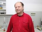 Współautorem opatentowanego rozwiązania jest dr hab. inż. Jacek Nycz z Instytutu Chemii Uniwersytetu Śląskiego Fot. Małgorzata Kłoskowicz