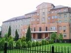 Dom prowincjalny sióstr służebniczek w Katowicach. Fot. By Michał Bulsa (Lahcim nitup) (Own work) CC BY-SA 3.0 (http://creativecommons.org/licenses/by-sa/3.0)], via Wikimedia Commons