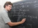 Dr Łukasz Dawidowski, adiunkt z Zakładu Równań Różniczkowych Uniwersytetu Śląskiego. Fot. Małgorzata Kłoskowicz