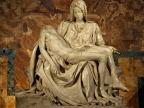 Pietà w bazylice św. Piotra w Watykanie