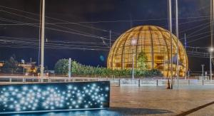 Glob nauki i innowacji w siedzibie CERN