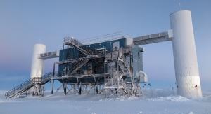 The IceCube Laboratory znajdujący się na terenie Amundsen-Scott South Pole Station na Antarktydzie. Fot. Erik Beiser, IceCube/NSF
