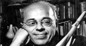 Stanisław Lem w roku 1966. Fot. CC BY-SA 3.0, https://commons.wikimedia.org/w/index.php?curid=1256