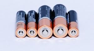 pięć baterii ułożonych obok siebie