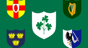 Flaga Irish Rugby Football Union. W lewym górnym roku herb prowincji Ulster, w prawym górnym – Leinster, w lewym dolnym – Munster, w prawym dolnym – Connacht. Fot. wikipedia.org