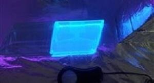 Materiały fotoluminescencyjne otrzymane przy zastosowaniu opatentowanej metody. Fot. dr Andrzej Swinarew
