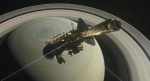 Artystyczna wizja sondy Cassini na orbicie Saturna. Fot. NASA/JPL-Caltech