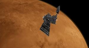 Artystyczna wizja ExoMars 2016 Trace Gas Orbiter nad Marsem. Fot. ESA/ATG medialab