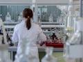 kobieta w laboratorium
