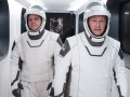 Astronauci Robert Behnken i Douglas Hurley w kosmicznych skafandrach SpaceX | Image credit: SpaceX