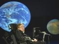 Stephen Hawking podczas uroczystości 50-lecia NASA (21.04.2008) na George Washington University w Waszyngtonie (USA). Fot. NASA/Paul E. Alers