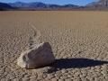 """""""Wędrujący kamień"""", Dolina Śmierci, USA"""