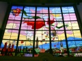 Witraż z alegorią dobrobytu miasta Bielska autorstwa Wolko Gartenberga wykonany w krakowskiej pracowni Stanisława Żeleńskiego. Fot. Ryszard Szopa